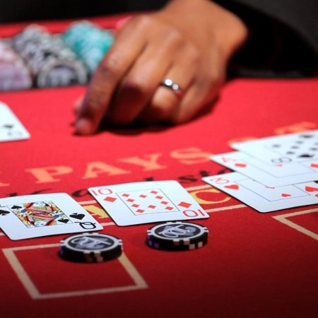 Basics of online poker gaming and poker room deposit