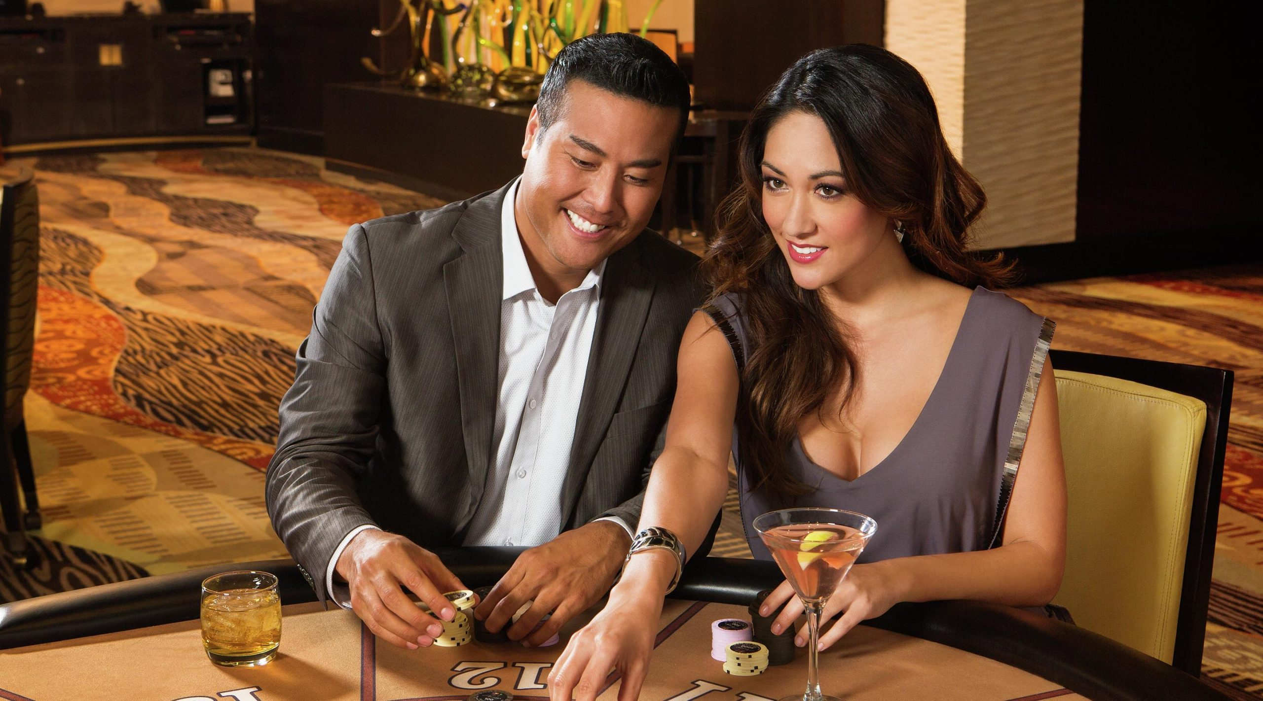 What are the reasons for using websites online casino?
